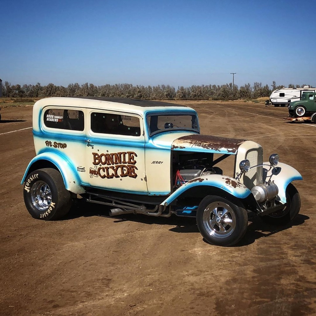 """The """"Bonnie and Clyde"""" 1932 Ford drag sedan, built in the late 50s 71138410"""