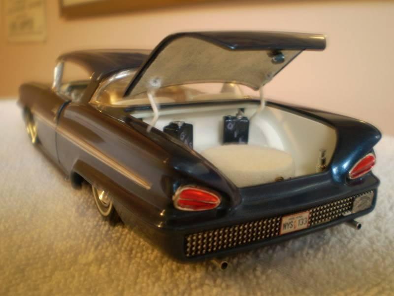 Vintage built automobile model kit survivor - Hot rod et Custom car maquettes montées anciennes - Page 14 71169510