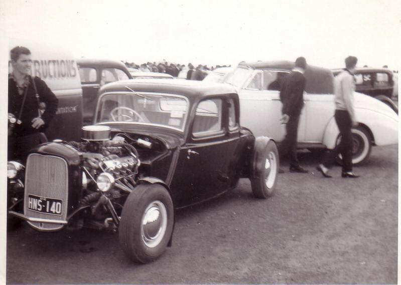 "Hot rod in street - Vintage pics - ""Photos rétros"" -  - Page 6 71336610"