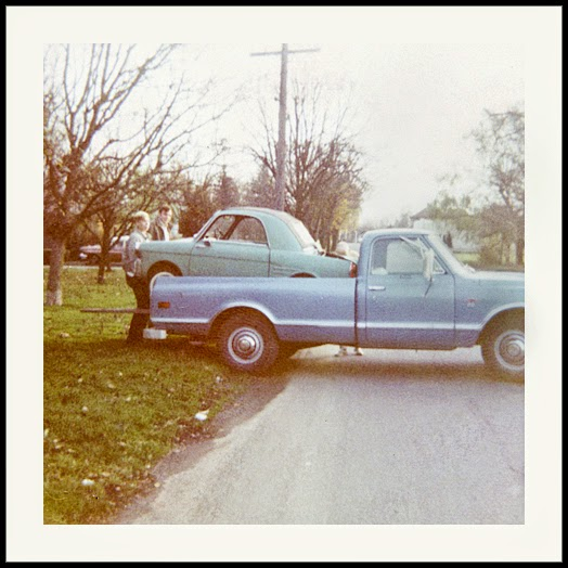 fifties & early sixties cars in situation - Vintage pics - Page 4 71_l0510