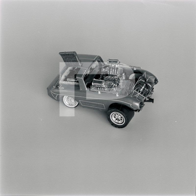 Vintage built automobile model kit survivor - Hot rod et Custom car maquettes montées anciennes - Page 14 72112310