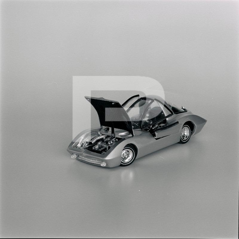 Vintage built automobile model kit survivor - Hot rod et Custom car maquettes montées anciennes - Page 14 72297710