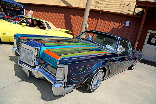 Lincoln Continental Mark 3, 4 & 5 Low Rider 72302310