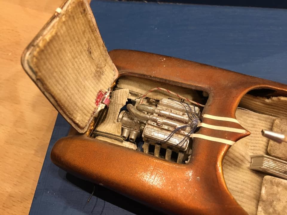 Vintage built automobile model kit survivor - Hot rod et Custom car maquettes montées anciennes - Page 14 72642711