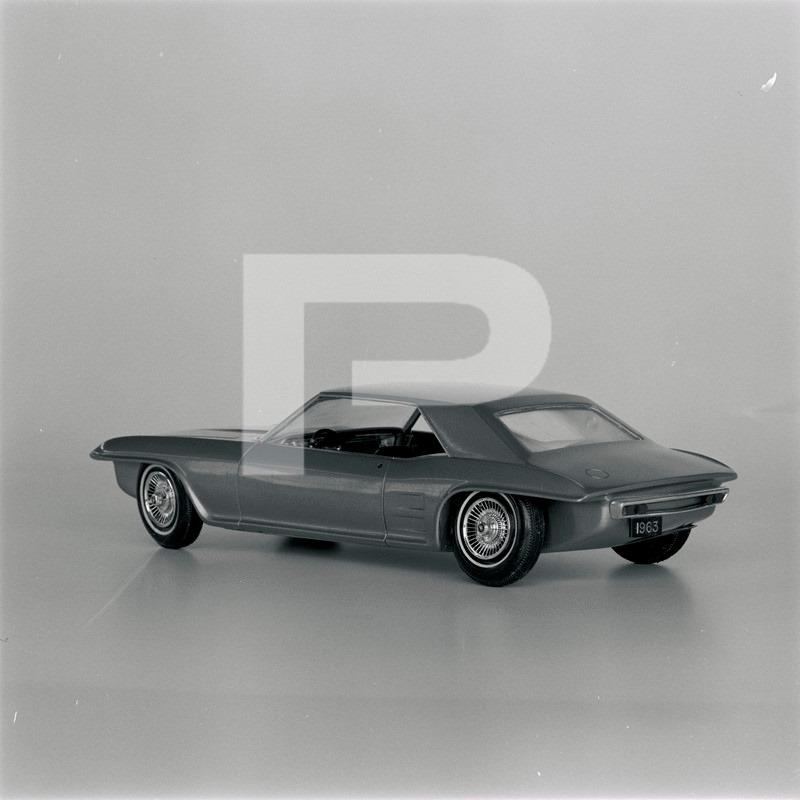 Vintage built automobile model kit survivor - Hot rod et Custom car maquettes montées anciennes - Page 14 73152410