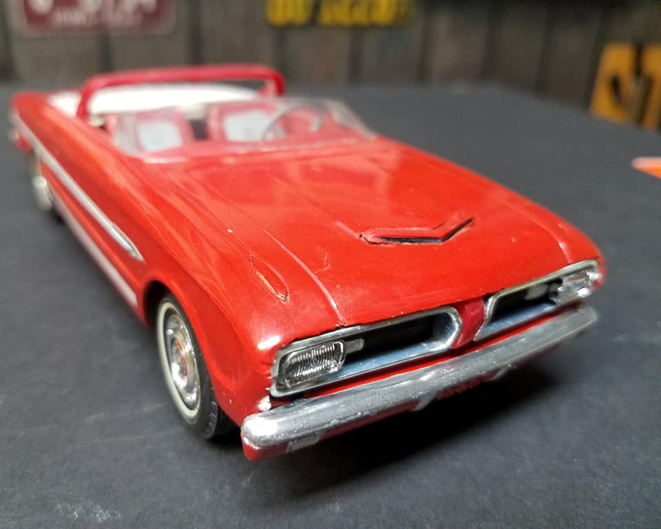 Vintage built automobile model kit survivor - Hot rod et Custom car maquettes montées anciennes - Page 14 81261510