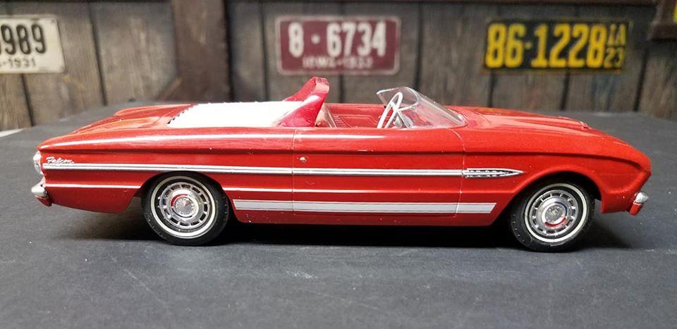 Vintage built automobile model kit survivor - Hot rod et Custom car maquettes montées anciennes - Page 14 81582710