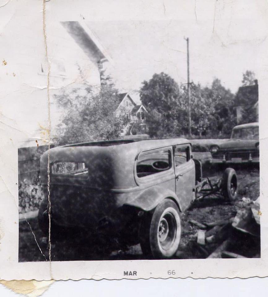 "Hot rod in street - Vintage pics - ""Photos rétros"" -  - Page 6 84070210"