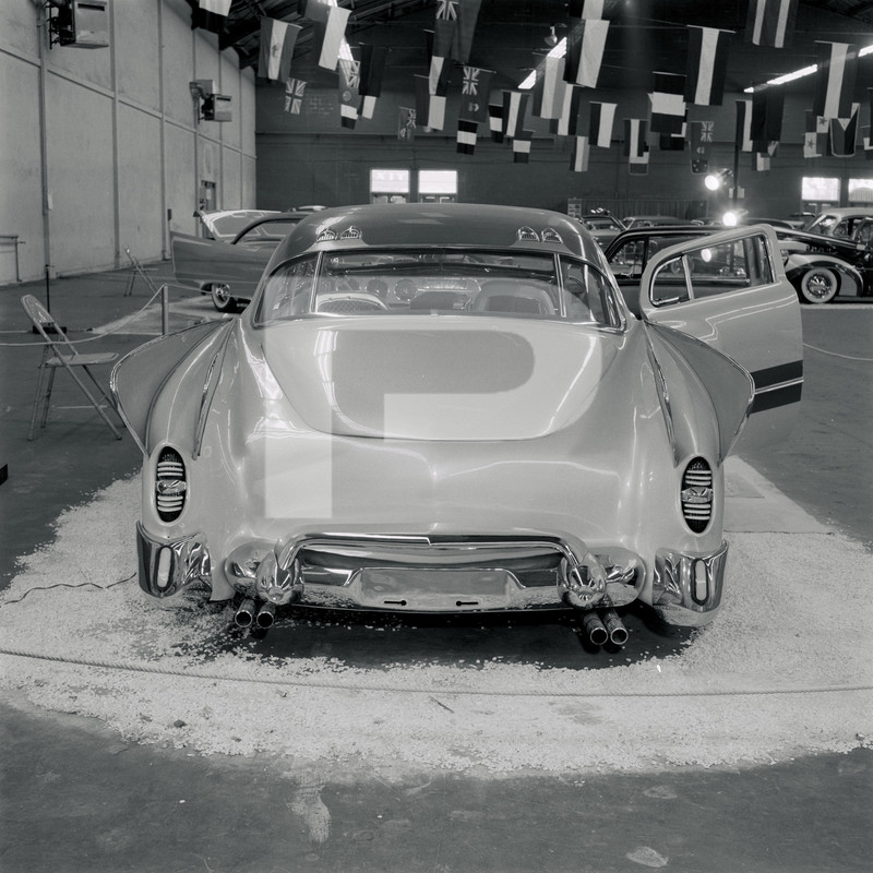 1947 Studebaker - Modern Grecian - Earl Wilson's - George Barris 84130810