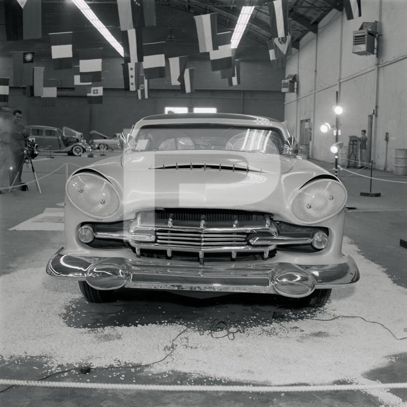 1947 Studebaker - Modern Grecian - Earl Wilson's - George Barris 84144410