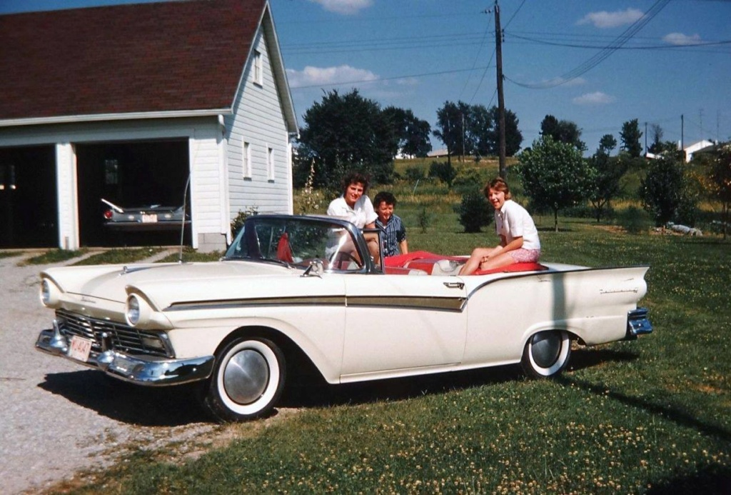 fifties & early sixties cars in situation - Vintage pics - Page 3 84456210