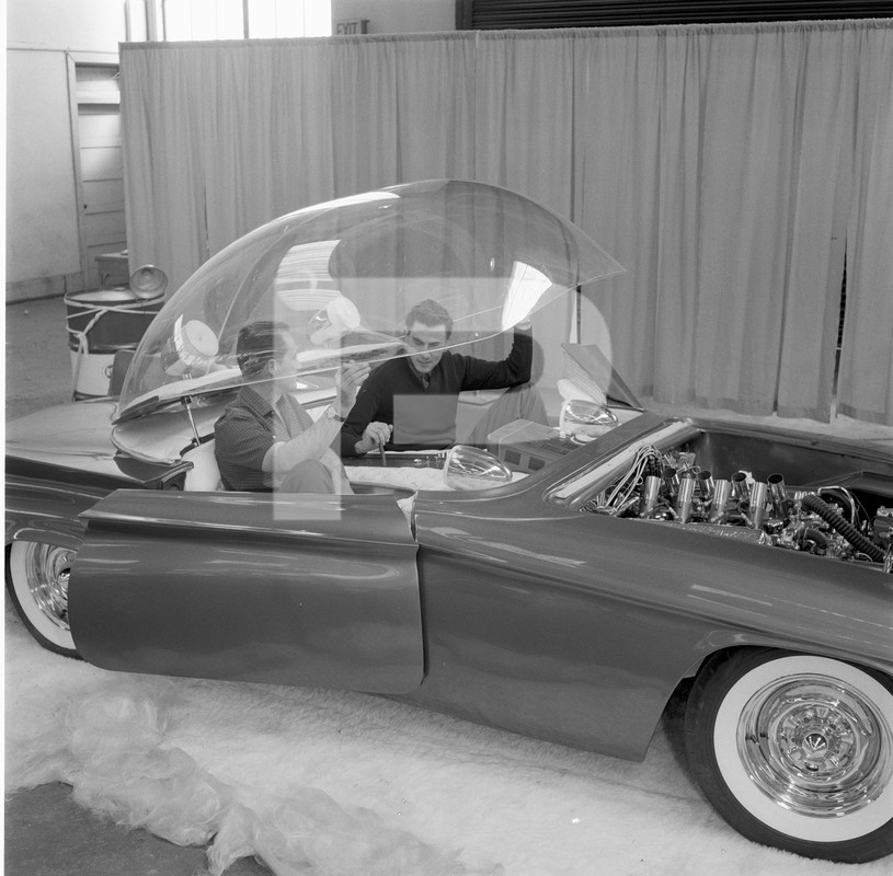 Predicta - Darrill Starbird - 1956 tbird radical bubble top custom - Page 2 84511710