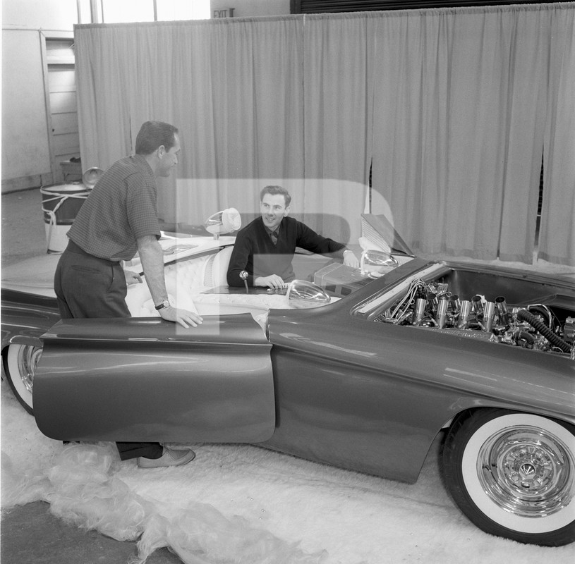 Predicta - Darrill Starbird - 1956 tbird radical bubble top custom - Page 2 84511910