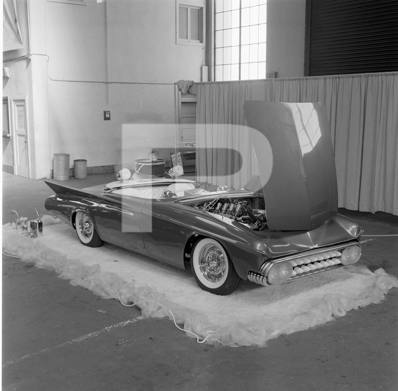 Predicta - Darrill Starbird - 1956 tbird radical bubble top custom - Page 2 84525310