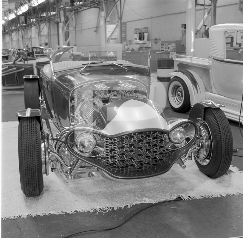 The Emperor - 29 Ford Roadster - Barris Kustoms 84541010
