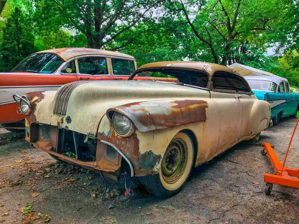 Pontiac 1949 - 54 custom & mild custom - Page 3 84543310