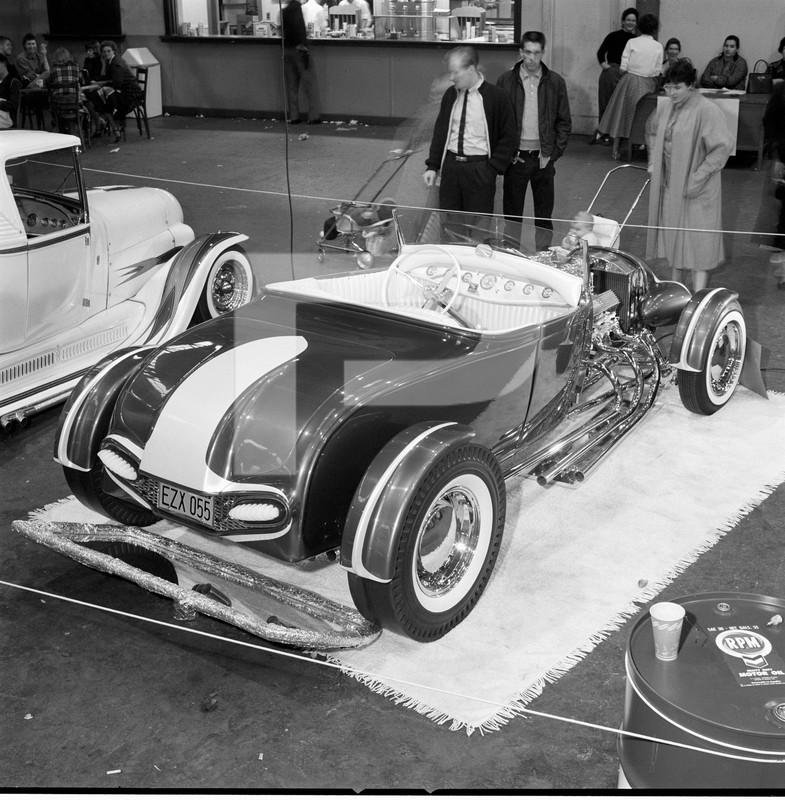 The Emperor - 29 Ford Roadster - Barris Kustoms 84552310