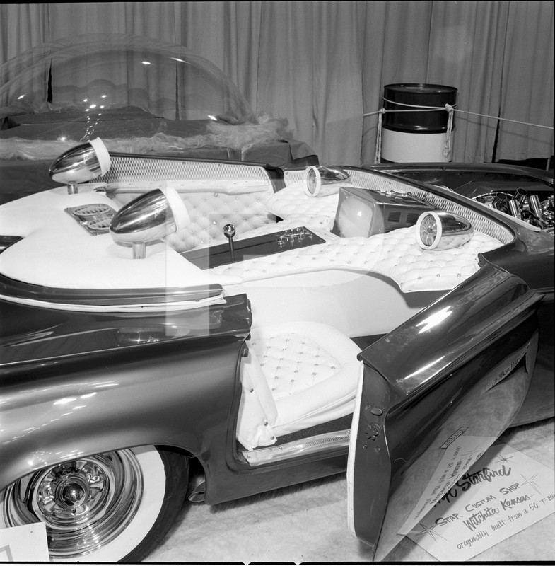 Predicta - Darrill Starbird - 1956 tbird radical bubble top custom - Page 2 84552810