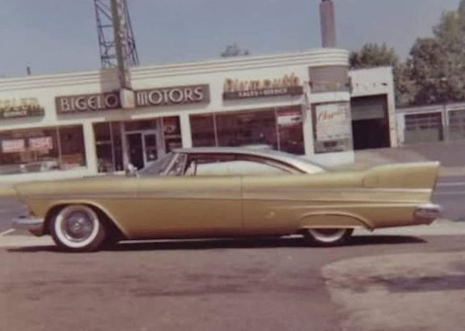 Plymouth  1957 - 1958 custom & mild custom - Page 2 86292610