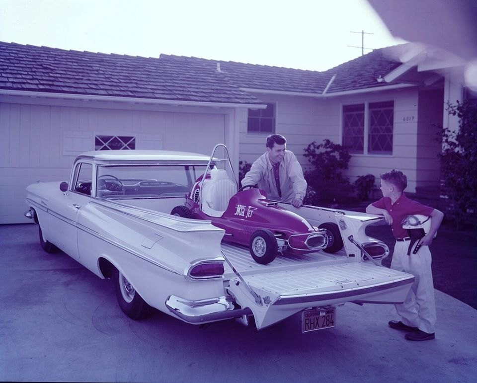 fifties & early sixties cars in situation - Vintage pics - Page 2 86794310