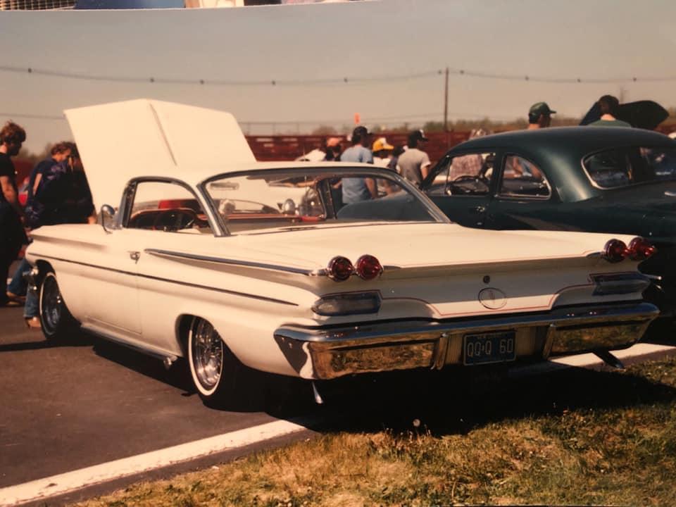 Pontiac 1959 - 62 custom & mild custom - Page 3 87023310