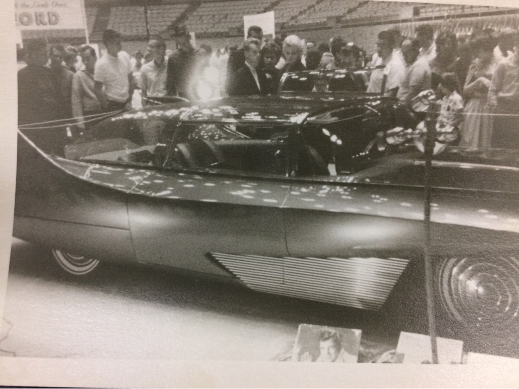 Vintage Car Show pics (50s, 60s and 70s) - Page 21 87d32a10