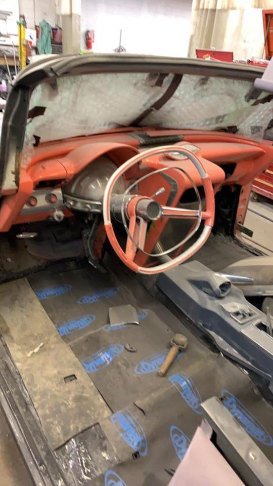 1955 Pontiac - John Deware 90311610