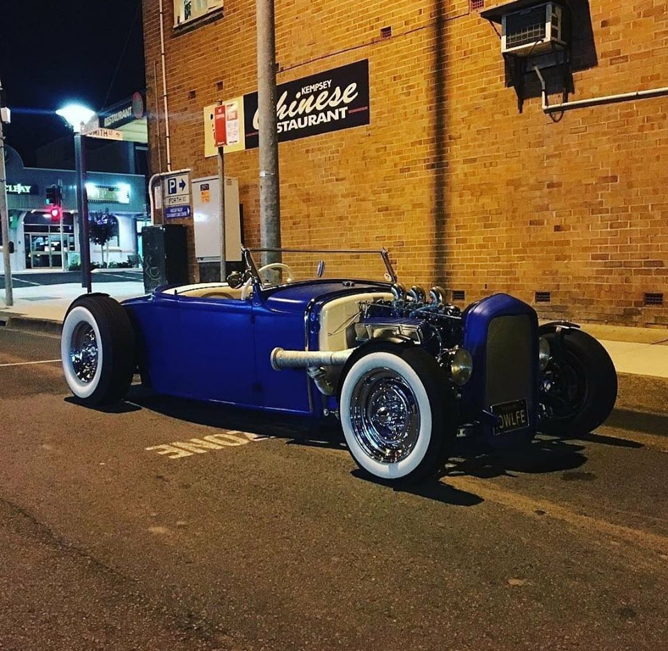 Traditional hot rods to 40s, 50s and 60s 90369210