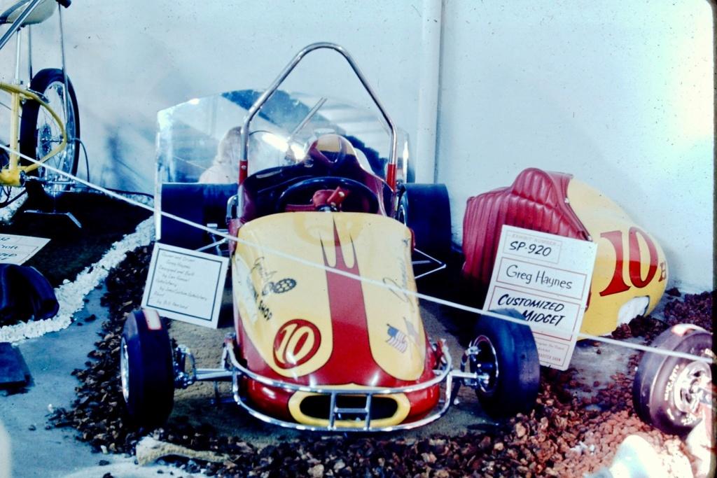 Oakland Roadster Show 1969 - Ron Brooks Pics 90468910