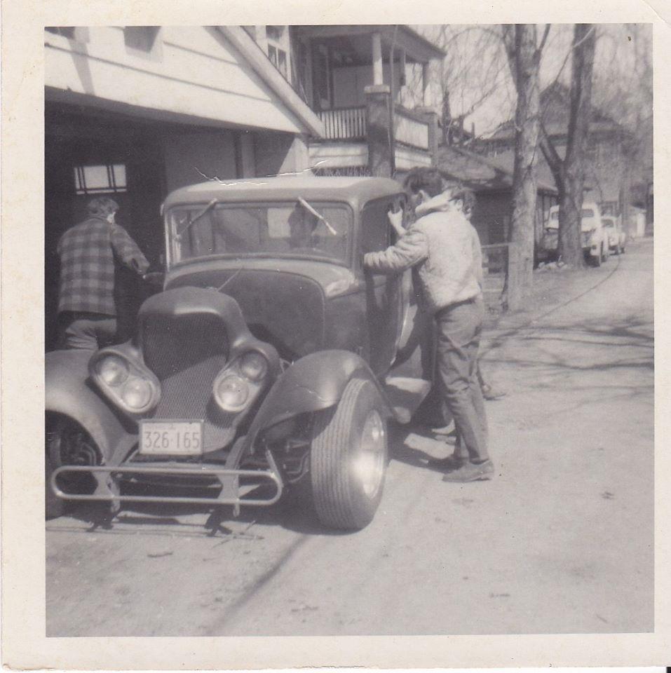 "Hot rod in street - Vintage pics - ""Photos rétros"" -  - Page 6 92669910"