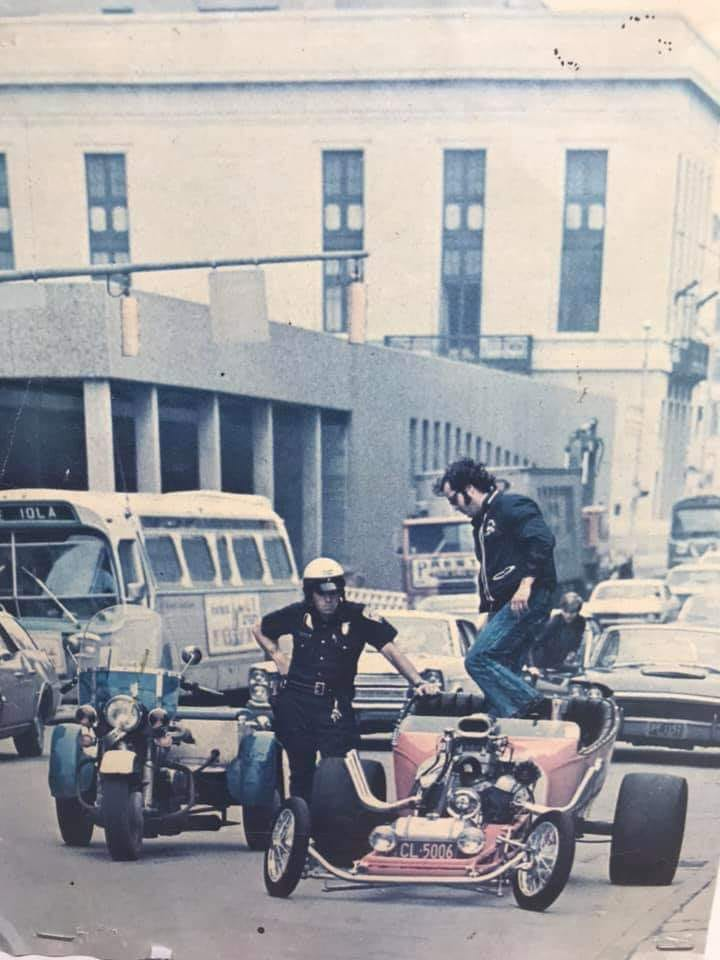 "Hot rod in street - Vintage pics - ""Photos rétros"" -  - Page 6 92948010"