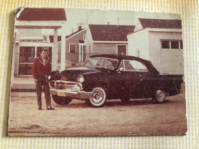 custom cars in the street - in situation ( vintage pics 1950's & 1960's)  - Page 6 93518610