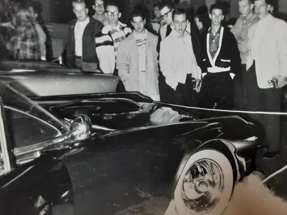 1958 Oakland Roadster Show. - Gerald A. Fleming   95979410