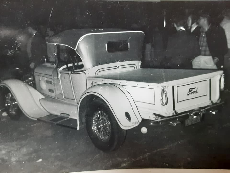 1958 Oakland Roadster Show. - Gerald A. Fleming   96381610