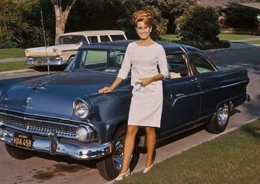 fifties & early sixties cars in situation - Vintage pics - Page 3 96404610
