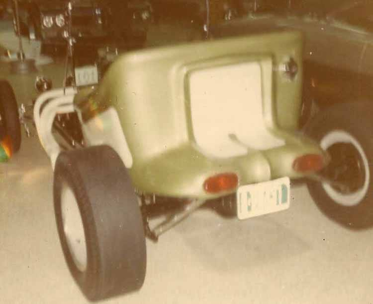 Vintage Car Show pics (50s, 60s and 70s) - Page 22 99425010