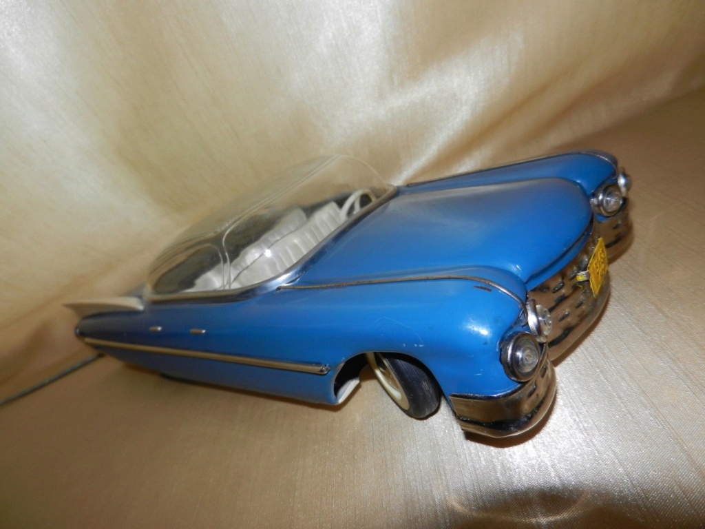 1959 RUSSIAN TIN TOY LIMOUSINE CADILLAC  9g11