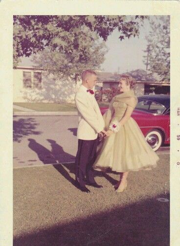 Vintage teenagers pics - Page 2 Bb5ddf10