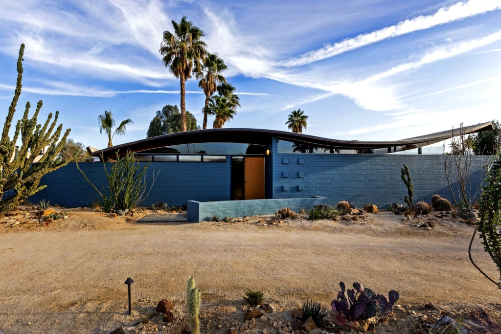 Wave house, Palm Spring. Walter S White 1955 Ca-tim10