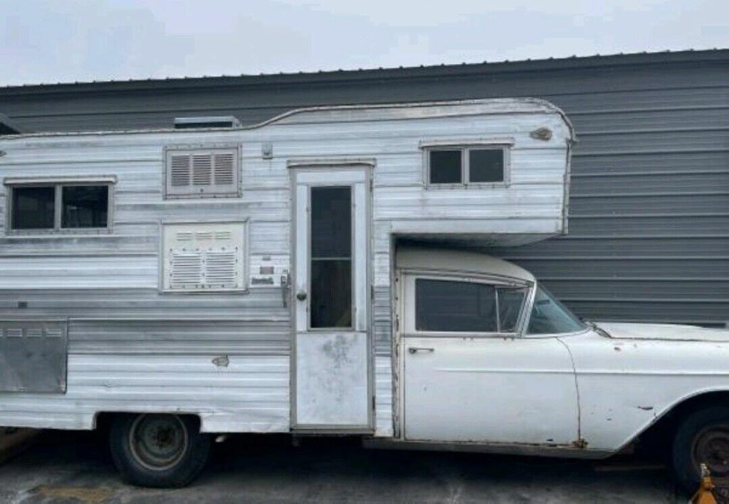 1957 Cadillac Camper - Homebuilt Cadsed11