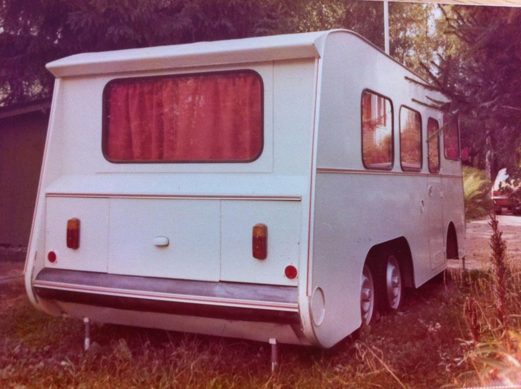 Camping-car 6 roues sur base Citroën ID Camper13
