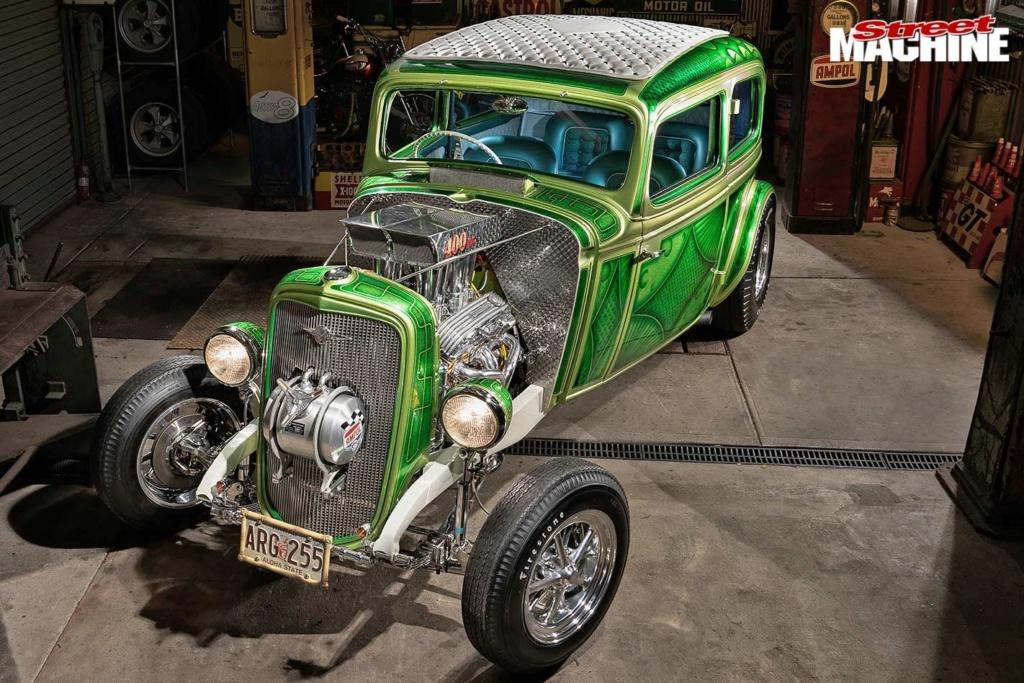 Bad Apple - 1933 Chevrolet two-door sedan - Richard Townsend - 60's style Chev-s12