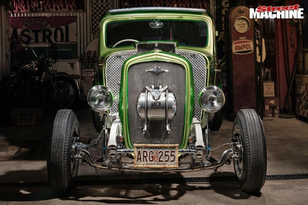 Bad Apple - 1933 Chevrolet two-door sedan - Richard Townsend - 60's style Chev-s14