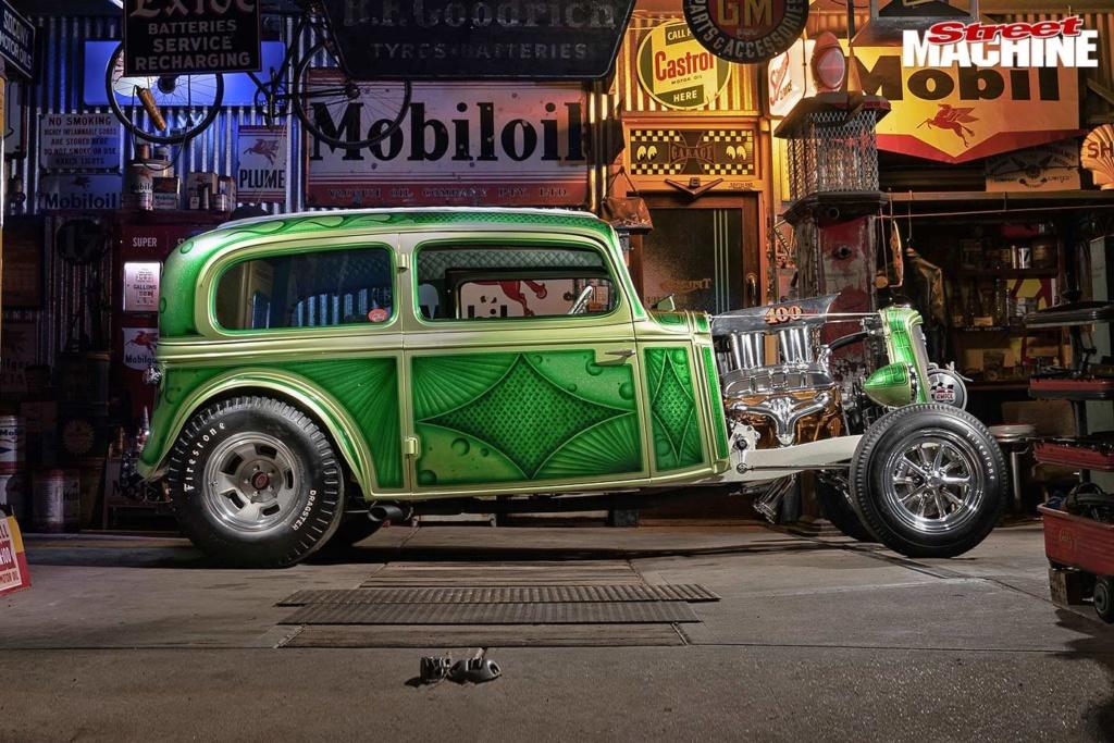 Bad Apple - 1933 Chevrolet two-door sedan - Richard Townsend - 60's style Chev-s18