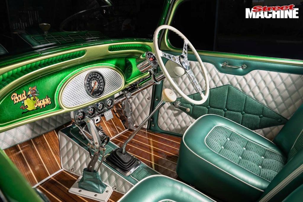 Bad Apple - 1933 Chevrolet two-door sedan - Richard Townsend - 60's style Chev-s33