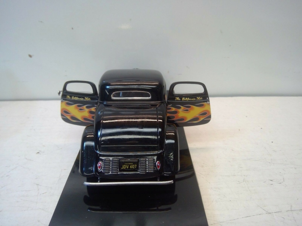 1934 FORD 3 WINDOW COUPE CALIFORNIA KID 1:24 SCALE DIECAST HOT ROD - Danbury Mint Ck710