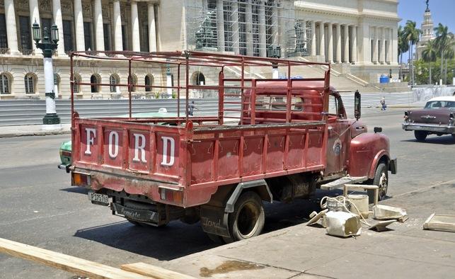 Classic cars to Cuba Cuba_l12