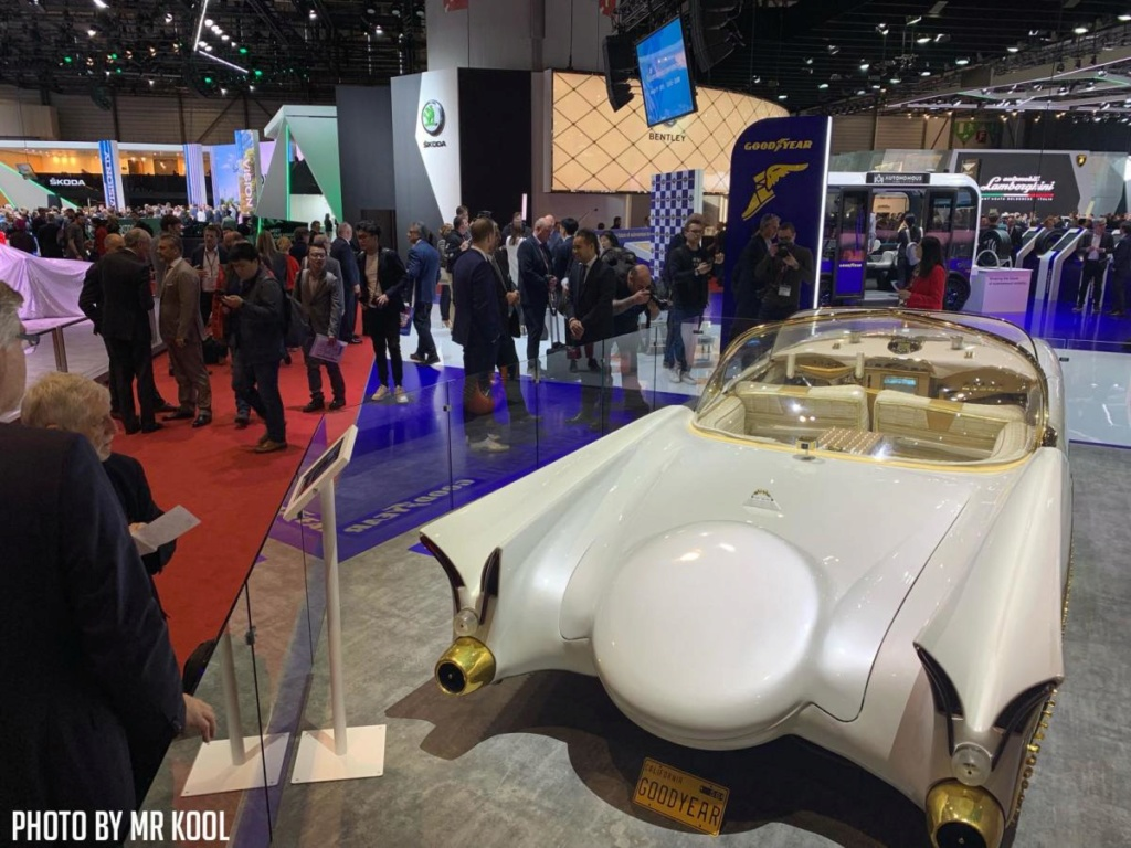 """1953 lincoln Barris """"golden sahara"""" le kustom doré a l'or fin - Page 2 D28oh110"""