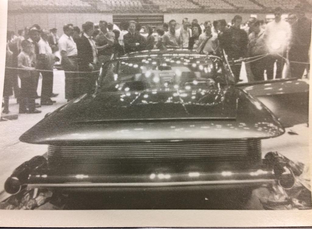 Vintage Car Show - Page 21 D3eaad10