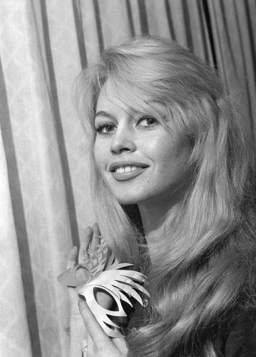 Brigitte Bardot D9964d10
